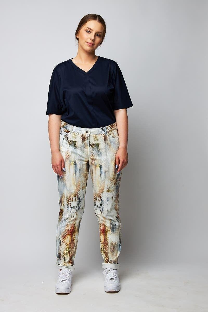 schicke Jeans mit Schlangen Muster große Größen wille